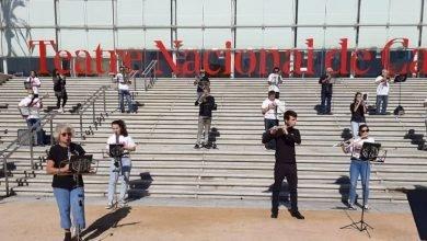 Photo of La Raval's Band presenta el seus 'Fils conductors' al  Sants Teatre del Centre